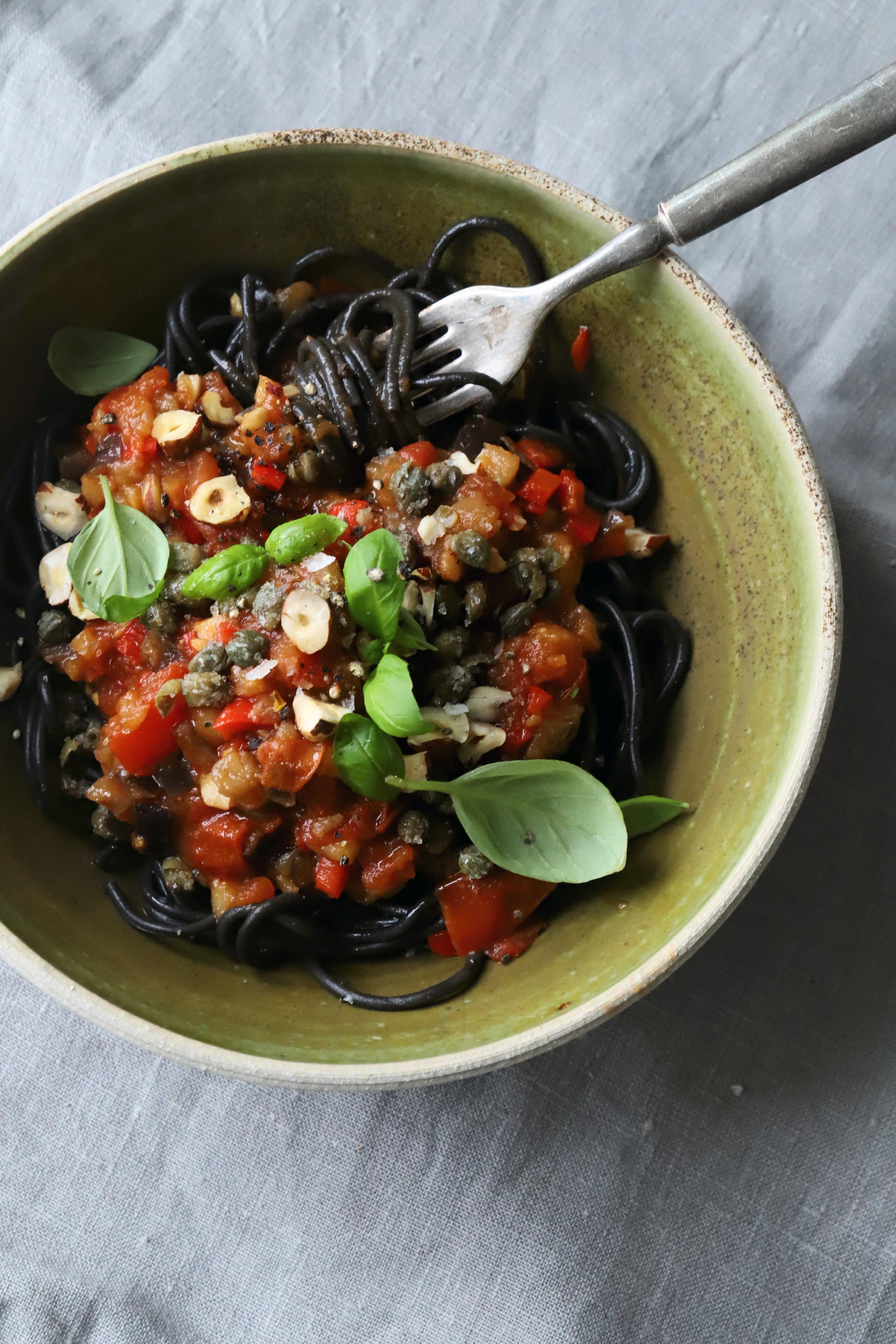 Pasta med hjemmelavet tomatsauce